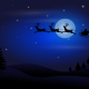 Babbo Natale che vola in cielo con carrozza e renne.