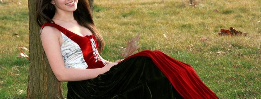 Una donna col vestito da principessa